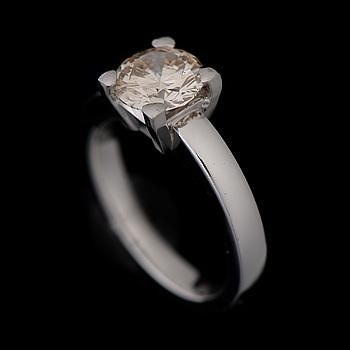 RING, briljantslipad diamant 1,50 ct, 14K vitguld. Thomas Holmström, Helsingfors 2012.