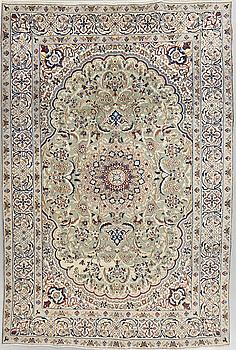MATTA, Nain part silk, 287 x 193 cm.