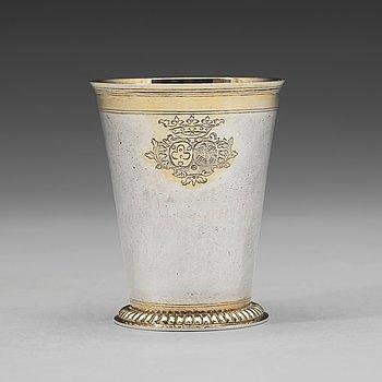90A. A Baltic 18th century parcel-gilt beaker, mark of Johann Heinrich Tenten, Mitau (1732-1739).