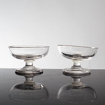 SALTKAR AV GLAS, ett par, Sverige, 1800-talets början.