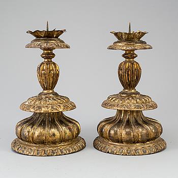 ALTARLJUSSTAKAR, ett par, 1700-tal.