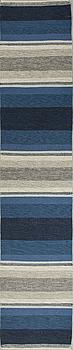 GALLERIMATTA, rölakan, omkring 1900-talets mitt, ca 352 x 73 cm.