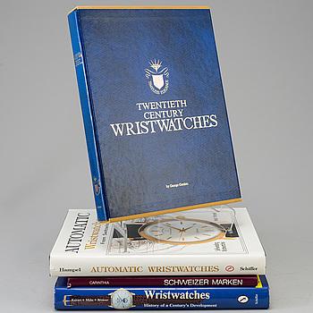"BÖCKER, 4 stycken, klocklitteratur, bland annat ""Automatic wristwatches""."