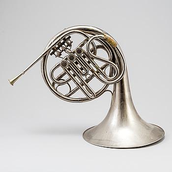 VALTHORN, försålt av Ahlberg & Ohlssons Instrument Aktiebolag, omkring 1936.