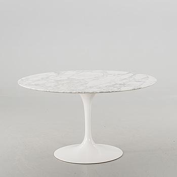 "EERO SAARINEN, matbord, ""Tulip"", Knoll International, 1900-talets senare del."