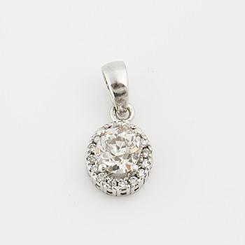 HÄNGE, med gammalslipad diamant ca 1.10 ct samt små briljantslipade diamanter totalt ca 0.16 ct.