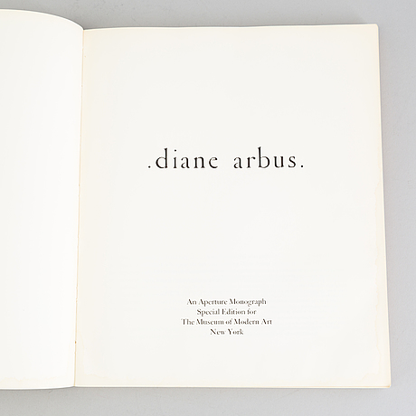 "Book, ""diane arbus. an aperture monograph"", diane arbus, special edition the museum of modern art 1972."