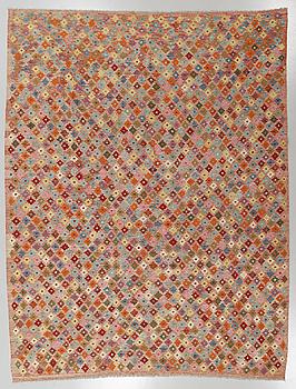 MATTA, kelim, 286 x 255 cm.