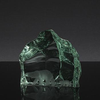 """SKULPTUR, """"Isberg"""", glas, Vicke Lindstrand, Kosta, signerad, 1900-talets andra hälft."""
