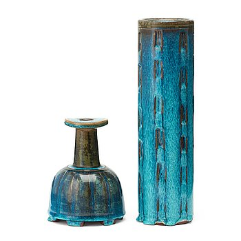 "40. Wilhelm Kåge, vaser, 2 st, ""Farsta"", stengods, Gustavsbergs studio 1960 och 1958."