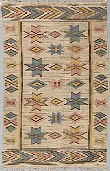 MATTA, rölakan, ca 258,5 x 164 cm, Sverige 1900-talets förra hälft.