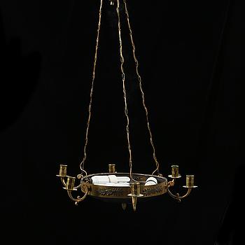 AMPEL, empirestil, 1900-talets första hälft. Höjd 70 cm.