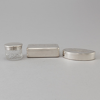 3 silver boxes, weight ca 258 grams.