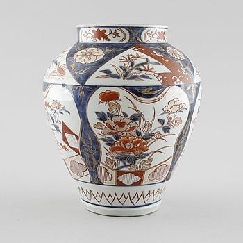 VAS, porslin, Japan, 1800-tal.