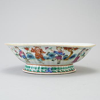 SKÅL, porslin, Qingdynastin 1800-talets mitt.