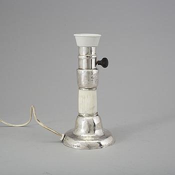 LAMPFOT, silver, Märta af Ekenstam, Malmö, 1920. Tot vikt  757 gram.
