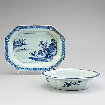 KAROTT samt STEKFAT, kompaniporslin, Kina, Qianlong (1736-1795).