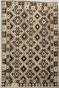 KELIM, Uzbekistan, ca 303 x 202 cm.