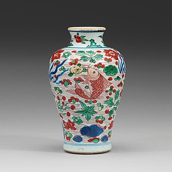 608. A wucai Transitional vase, 17th century.