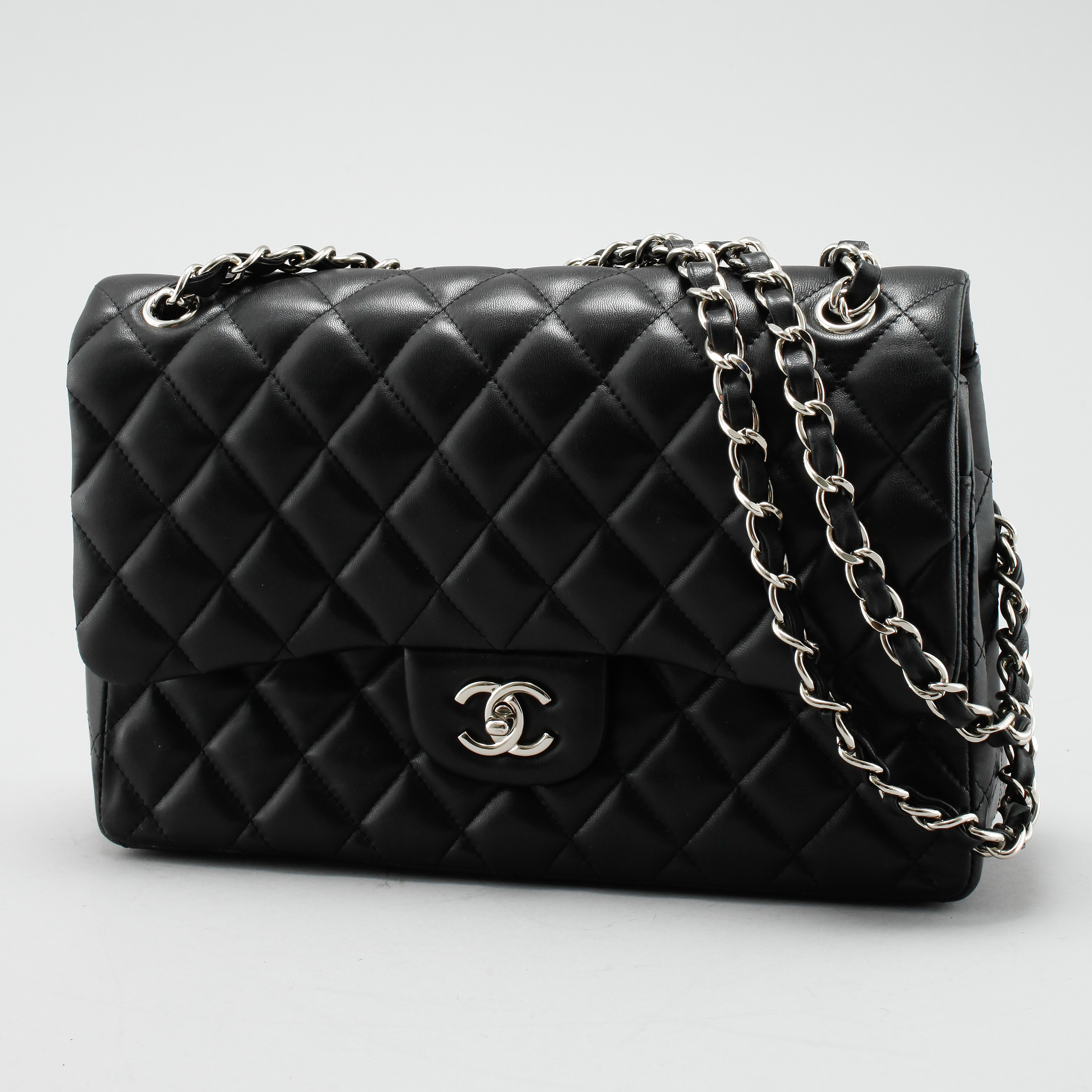 25ebe682004140 BAG, Chanel, Timeless Classic Large, A 58600. - Bukowskis