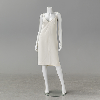 A dress by Valentino, in size 40 (IT).