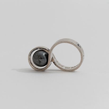 Ring, med blodsten, waldemar jonsson, skara, 1972.