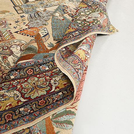 A tabriz carpet, antique/semi-antique, dated 1914, 266 x 195 cm.