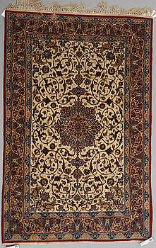 MATTA, semiantik Isfahan, ca 151 x 99 cm.