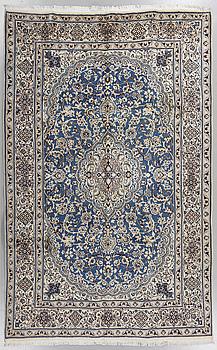 MATTA, Nain, part silk, old, 297 x 195 cm.
