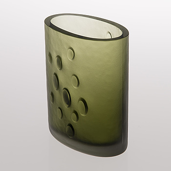 TAPIO WIRKKALA, A glass vase signed Tapio Wirkkala.