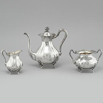 KAFFESERVIS, tre delar, silver, Guldaktiebolaget, 1945-1946. Vikt 1421 g.