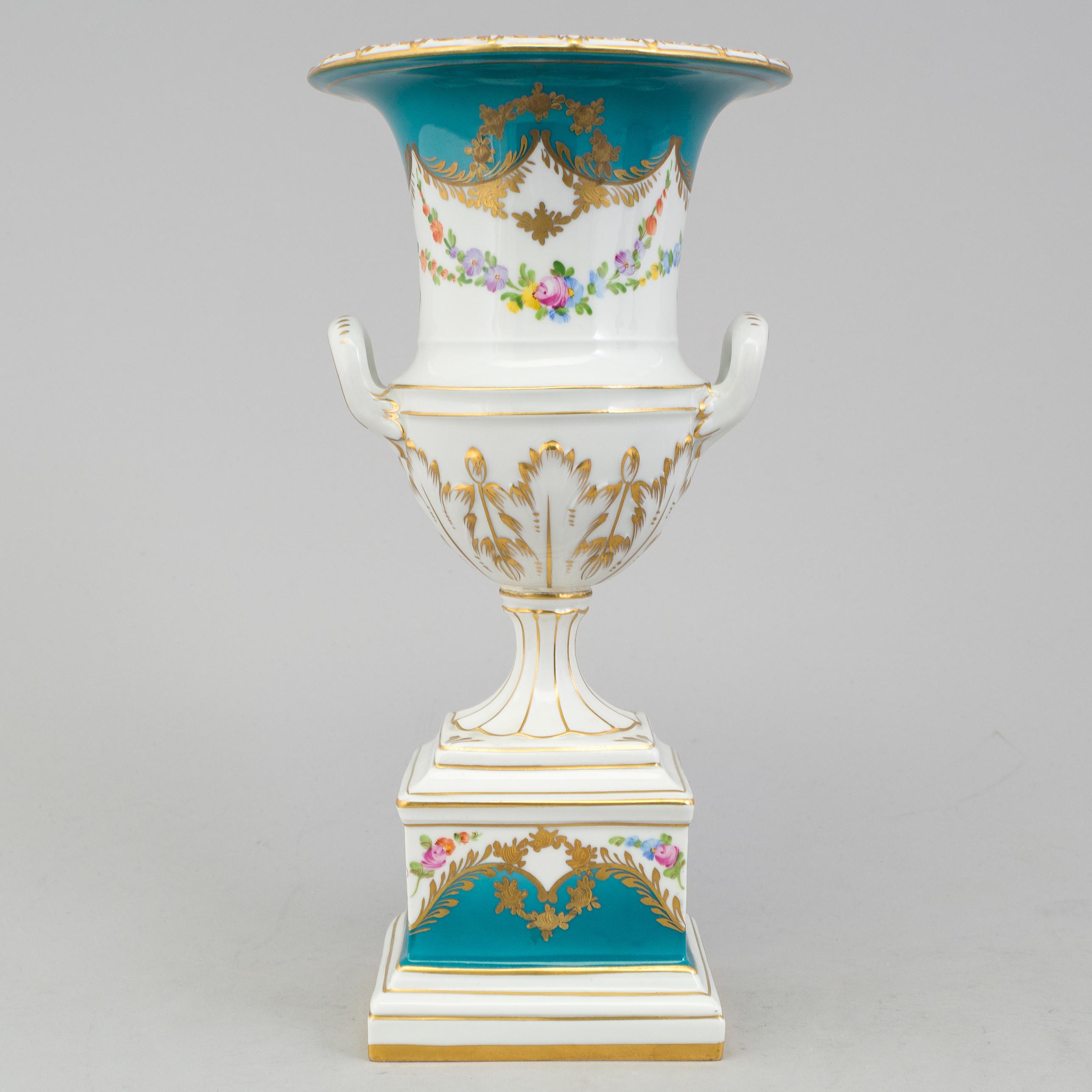 A Porcelain Urn Dresden Mid 20th Century
