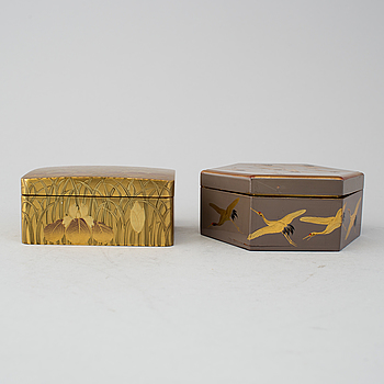 Two Japanese lacqured boxes with covers, early 20th Century.