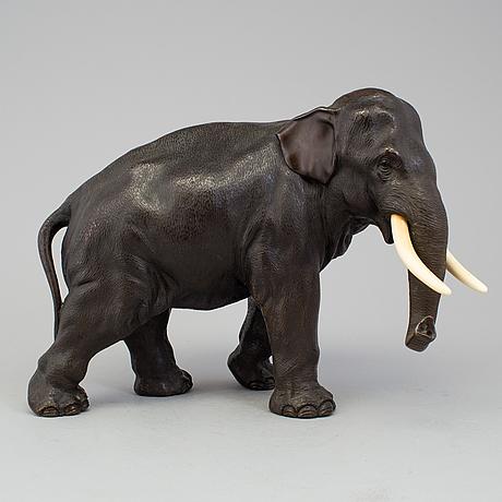 A japanese bronze sculpture of an elephant, meiji period (1868-1912).