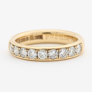 RING, 18K guld med briljantslipade diamanter ca 0.63 ct.