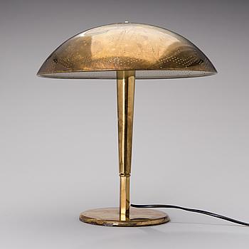 PAAVO TYNELL, bordslampa, modell 5061, Idman 1900-talets mitt.