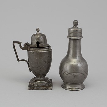 A PEWTER MUSTARD POT AND FLASK, 18th-19th century.