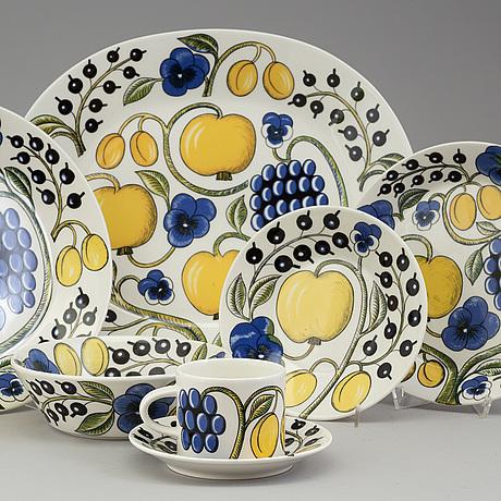 Birger kaipiainen, a 24 part 'paratiisi' porcelain service, arabia, finland.