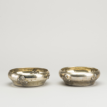 A COUPLE OF SWEDISH SILVER BOWLS 1911.