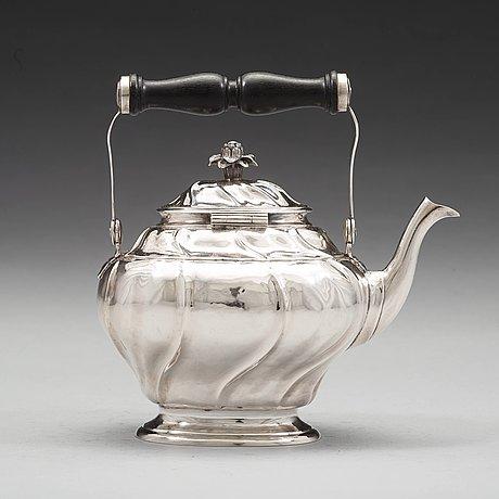 A swedish mid 18th century silver tea-pot, mark of jürgen friedrich sickman, stockholm 1759.
