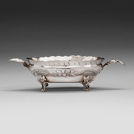 A swedish 18th century silver bowl, mark of daniel elfbom, gävle 1783.