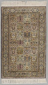 MATTA, orientalisk, silke, 131 x 78 cm.