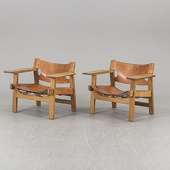 "BØRGE MOGENSEN, fåtöljer, ett par, ek och läder, ""Spanska stolen"", Fredericia, Danmark."