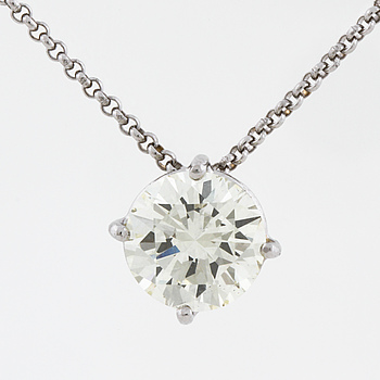 A brilliant cut diamond pendant.