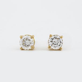 ÖRHÄNGEN, med briljantslipade diamanter totalt circa 0.75 ct.