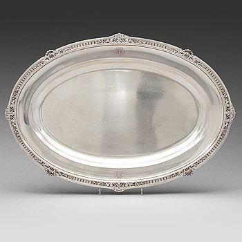 232. A Fabergé silver serving-dish, Moscow 1908-1917.