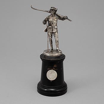 CG HALLBERG, figurin, silver, Stockholm, Otydliga stämplar. 1900-talets första hälft.