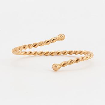 a 18 k gold bracelet by Odd Magnusson Visby.
