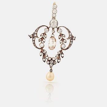 803. A natural pearl, old-, rose-and briolette cut diamond pendant. Early 20th cent.