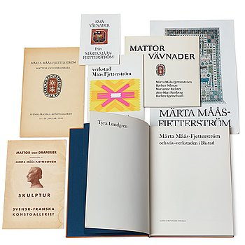195. A BOOK, CATALOGUES, 4 PIECES AND FOLDERS, 2 PIECES about Märta Måås-Fjetterström and the atelier in Båstad.